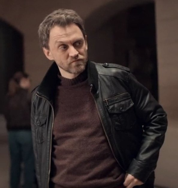 Lupin-Vincent-Londez-black-leather-Jacket