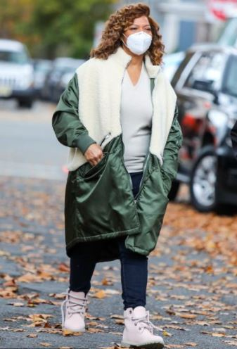 The Equalizer Robyn Mccall Queen Latifah Green & White Coat