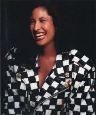 Selena Quintanilla Y Su Silueta Chess Coat