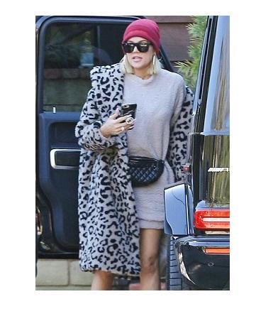 Keeping Up with the Kardashians Khloé Kardashian Fur Coat
